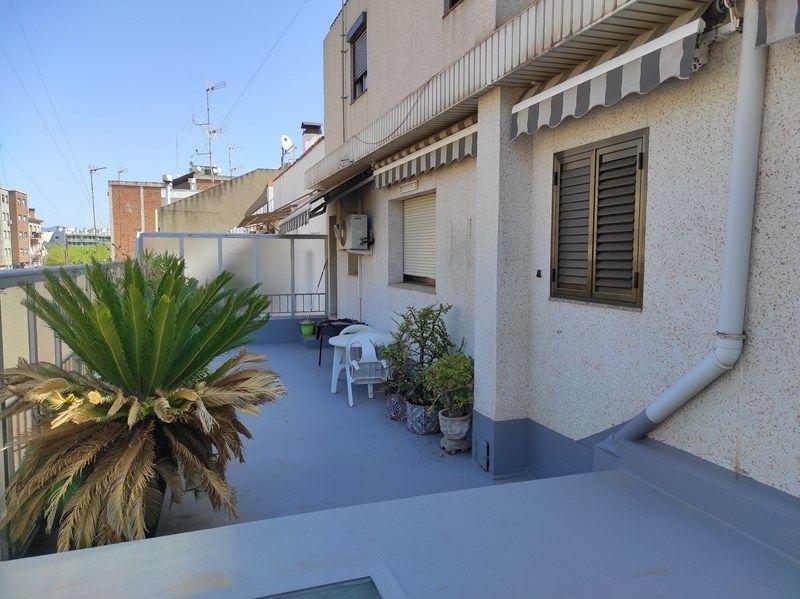 Casa en venta en zona Norte de Rubí con terrazas de 45 m2 y 58 m2!