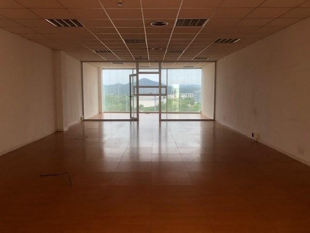Oficina en alquiler en Rubí